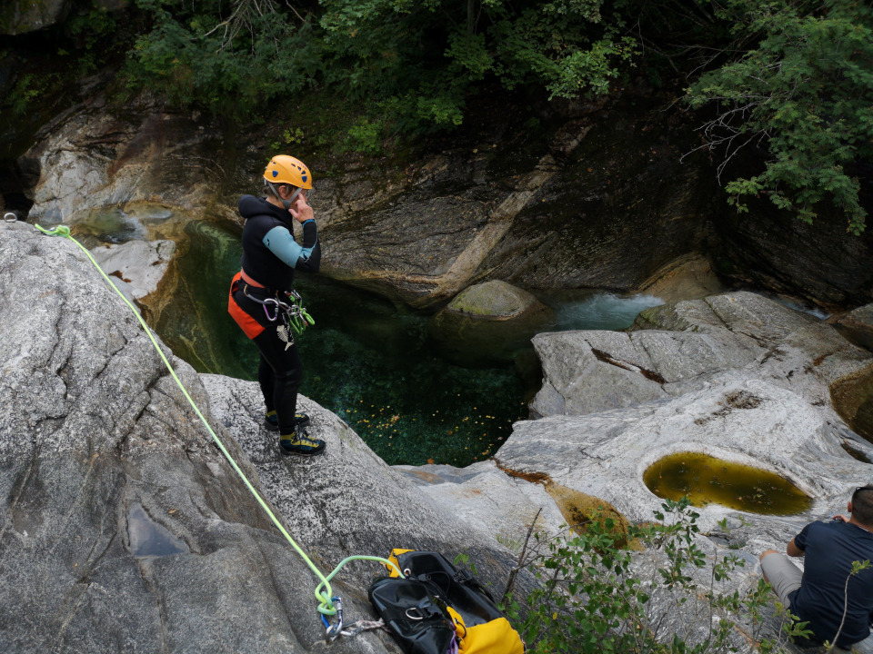 Scuola di canyoning in Val Bodengo